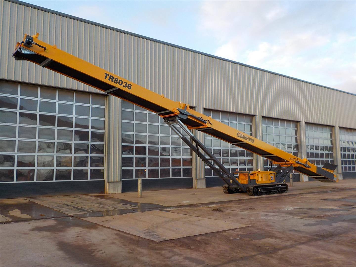 Barford TR8036 Tracked Conveyor
